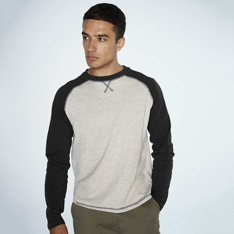 Long-sleeved Baseball T - Tag-free